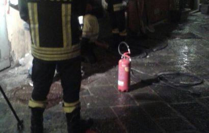 vigili del fuoco. FUGA DI GAS IN VIA SANT'ANASTASIO