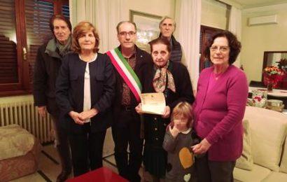 """quarrata. I CENTO ANNI DI LORENA GRADI, FONDATRICE DELL'AZIENDA """"DEA"""" DI CASINI"""