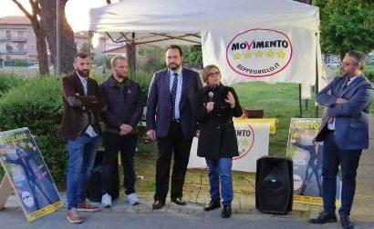 """amministrative montemurlo. M5S, LA """"SQUADRA"""" DI ANGELA TORTOLANO"""