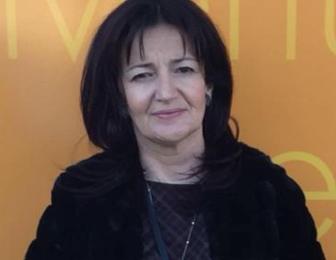 """ritorno al futuro. ELENA BARDELLI SI SFILA DAL CONSIGLIO COMUNALE DI PISTOIA: RIENTRA A SERRAVALLE COME """"PORTAVOCE"""" DI FDI"""