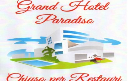 """popiglio. """"GRAND HOTEL PARADISO. CHIUSO PER RESTAURI"""" AL TEATRO MASCAGNI"""