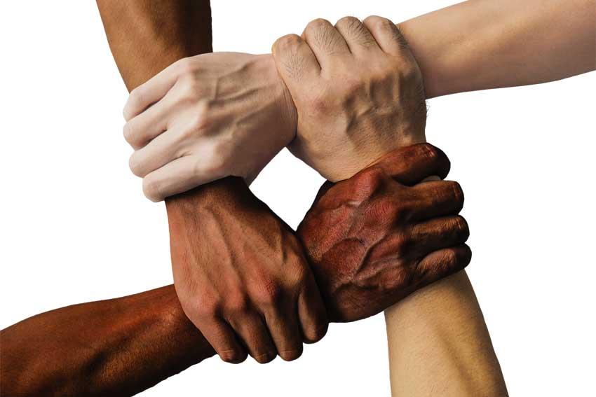 cooperative. ASTIR & C, MA FORSE SAREBBE MEGLIO GUARDARCI DENTRO…