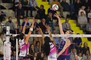 volley A1 femminile. LA SAVINO DEL BENE SUPERA GOLDEN TULIP VOLALTO