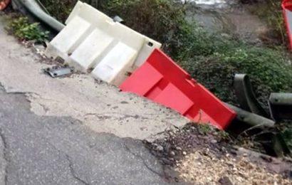 disastro strade. ESPOSTO DI FDI PESCIA