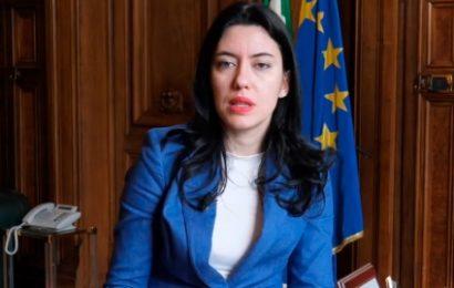 """BARDELLI (FDI): """"AZZOLINA LASCI LAVORARE I DOCENTI ITALIANI!"""""""