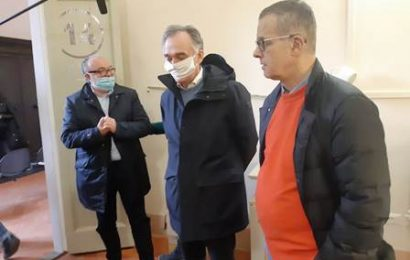 coronavirus. ROSSI A PISTOIA PER VISITARE IL NUOVO REPARTO DI CURE INTERMEDIE E LA CROSS