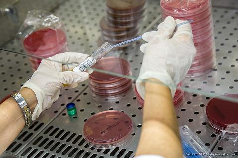 coronavirus. ACCORDO SCREENING SIEROLOGICI: 61 LABORATORI PER TEST A 400MILA PERSONE