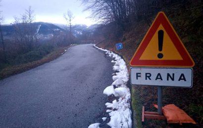 disastro strade. FRANA SULLA SP 20 POPIGLIO – FONTANA VACCAIA