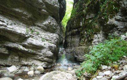 BOTRI: UN ORRIDO DANTESCO <br> escursioni, sentieri della montagna pistoiese e oltre