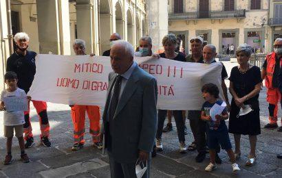 CONSEGNATO IL GIGLIATO D'ARGENTO A POMPEO TAURASI, MITICO VOLONTARIO DELLA PUBBLICA ASSISTENZA